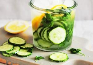 cucumberlemondetoxwater-640x450